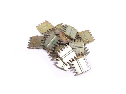 """Barnwell 1"""" Scutch Chisel Combs Pack of 25"""